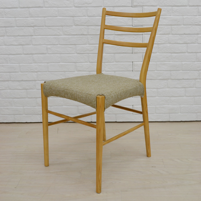 仏壇用椅子、れんげ、斜め